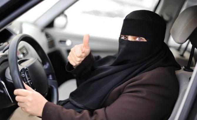 Saudi king lifts ban on female drivers