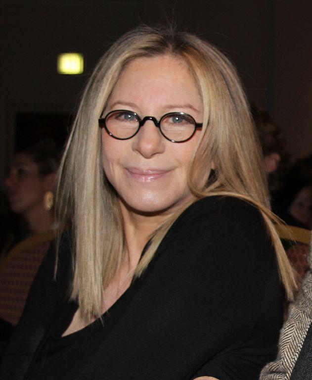Barbra Streisand slams Globes for not giving award to women directors